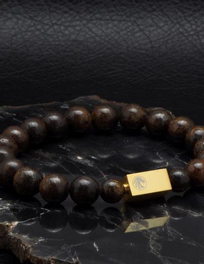 BRAVE-bronzit-férfi-ásvány-karkötő-arany-színű-acél-medál (2)