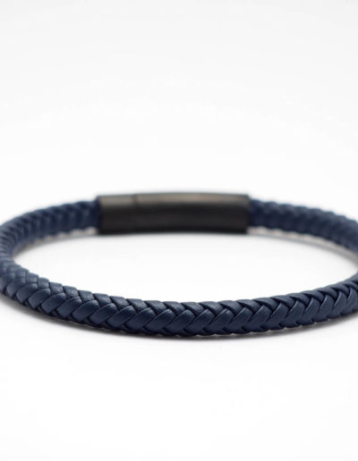 BRAVE-kék-fonott-bőr-férfi-karkötő (2)