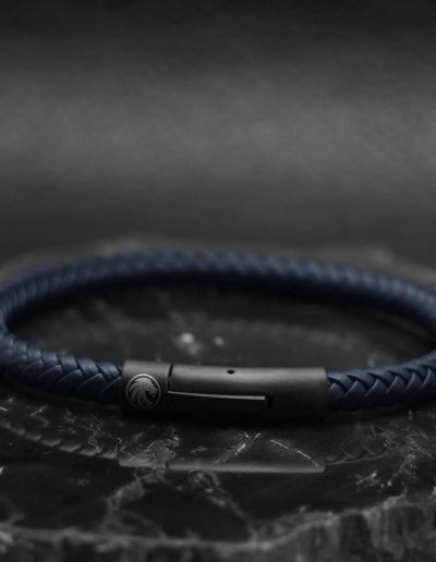 BRAVE-kék-fonott-bőr-férfi-karkötő (3)